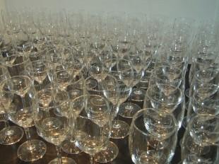 結婚式席札ワイングラス