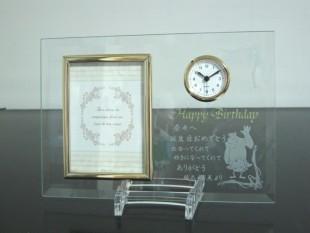 誕生日プレゼントのフォトフレーム