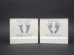 出産記念の足型入りフレーム